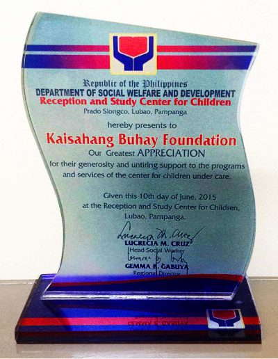 June 10, 2015 - Plaque-of-Appreciation-for-programs-and-services-of-the-center-for-children-under-care